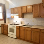 New listing! $1000/mo 1BR/1BA Top floor in Humboldt Park w/private deck! Eat-in kitchen, central air, hardwoods, laundry, more!