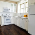 New listing! $2000/mo 2BR/1BA in Jefferson Park by Blue Line! Condo quality gut rehab! Eat-in kitchen, DW, MW, AC, dining room, rooftop deck, more!